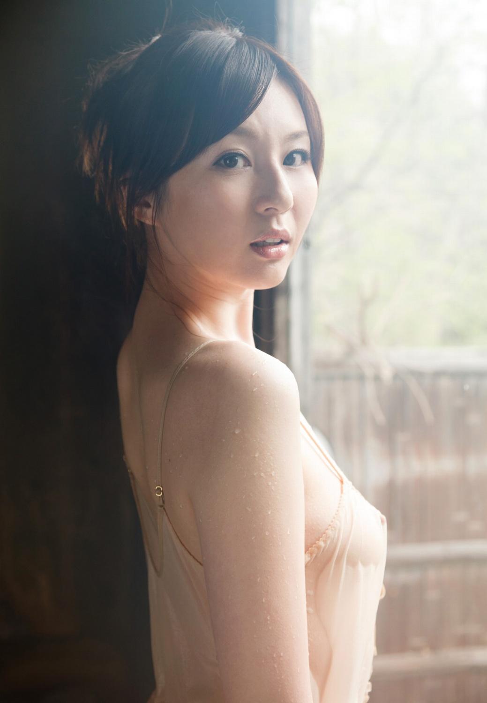 辰巳ゆい エロ画像 65