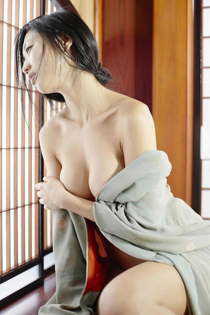 壇蜜の妖艶なフェラ顔が過激すぎるエロ画像 125枚