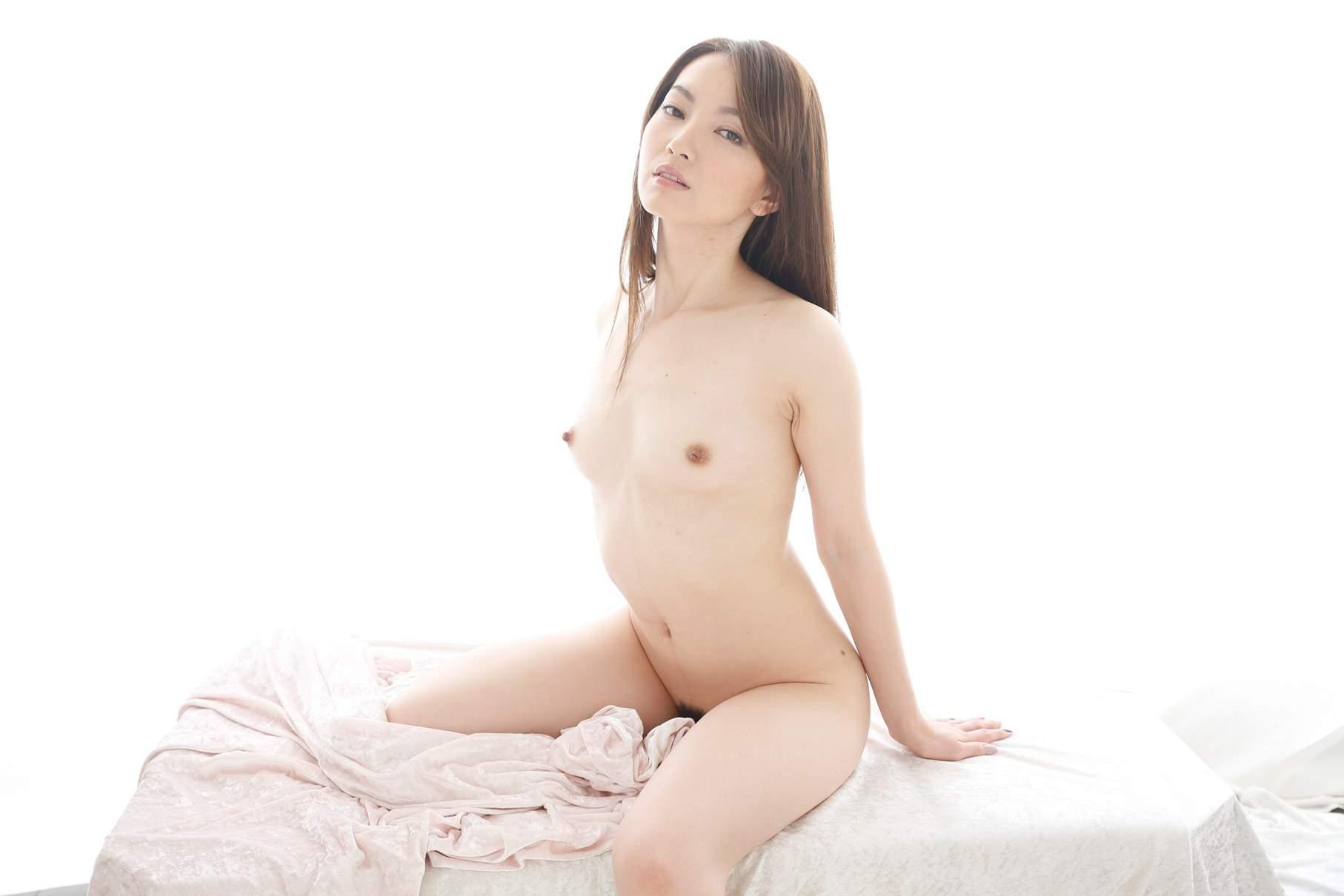 葉山瞳(中川美鈴) 初裏デビュー画像 63
