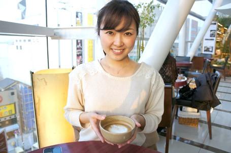 女子アナの乳首が露出したハプニング画像 1