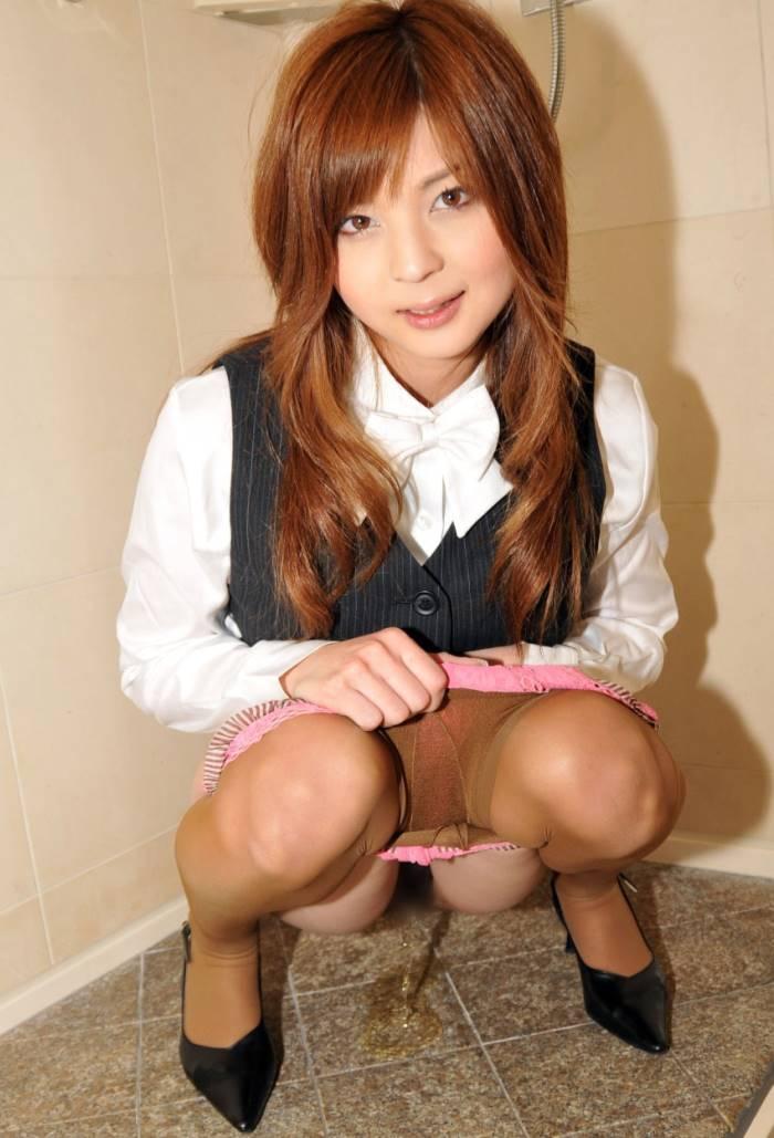日本女子のおしっこ画像 22