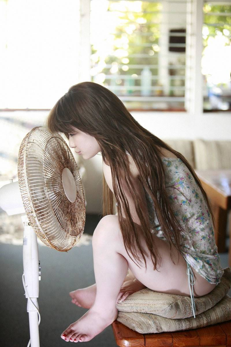 中島愛里 エロ画像 36