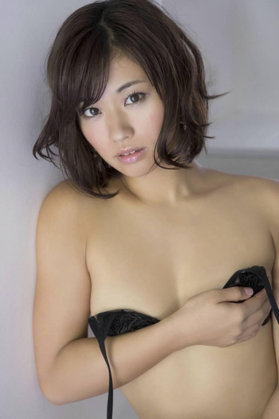 安枝瞳 エロ画像 84