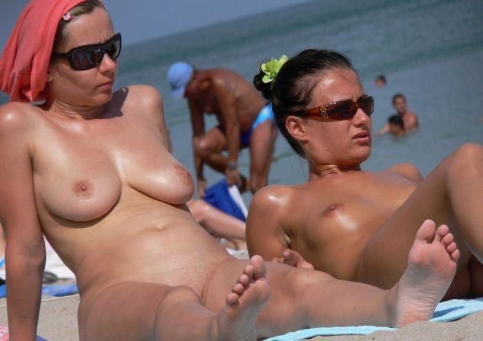 ヌーディストビーチ画像 49