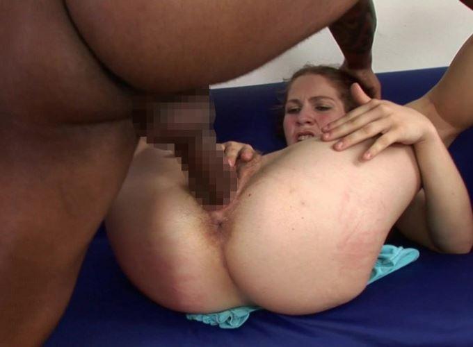 黒人男性と白人女性のセックス画像 39