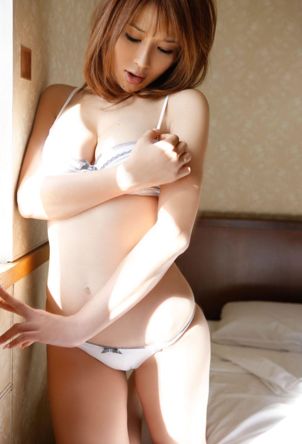手島優 エロ画像 26