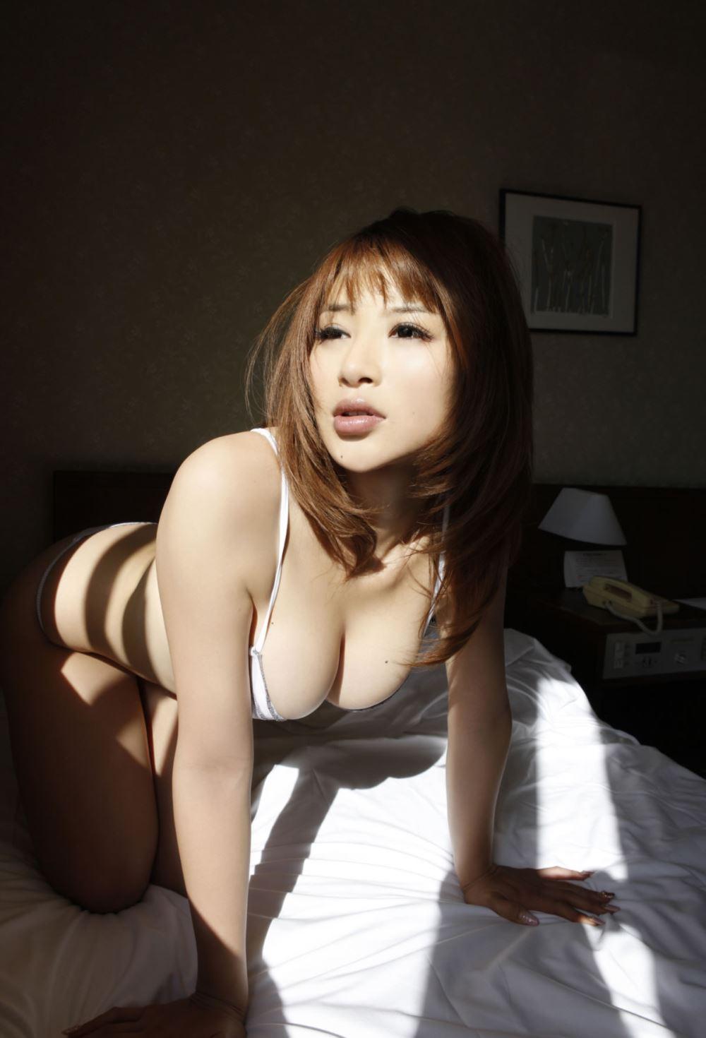 手島優 エロ画像 27