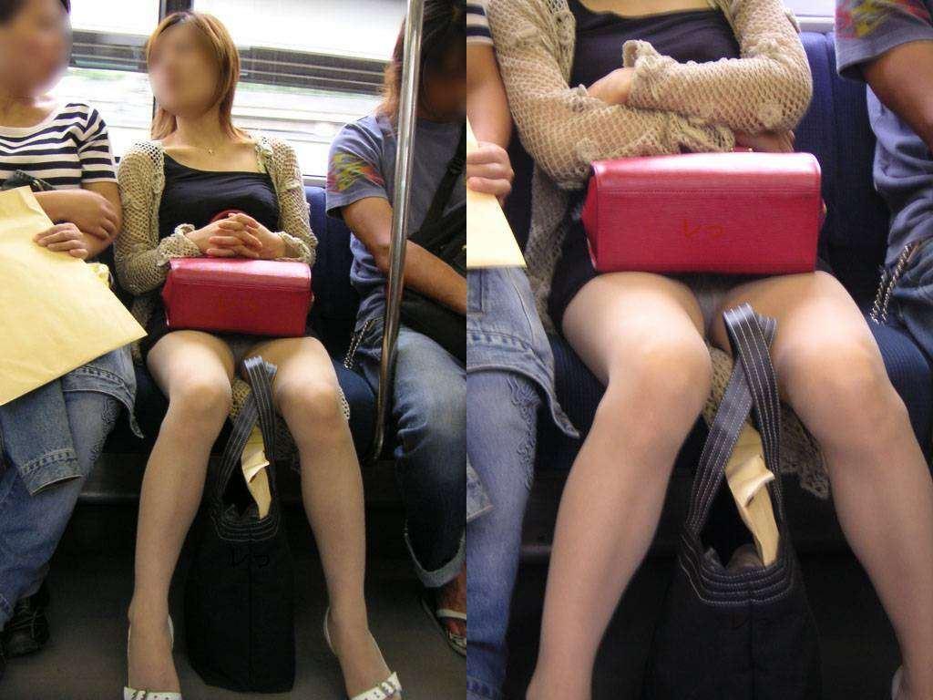 電車内の対面パンチラ画像 40