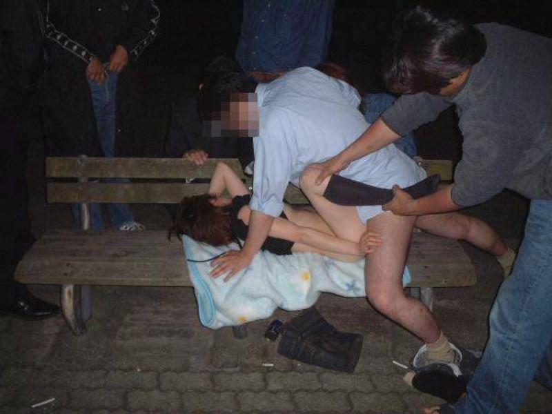 強姦・レイプ画像 5