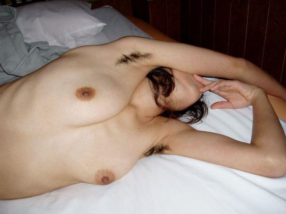 女のワキ毛画像 20