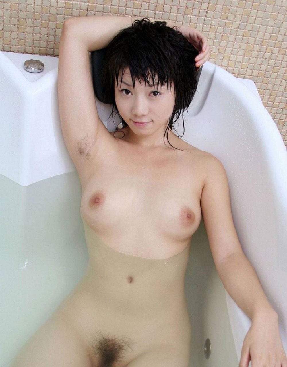女のワキ毛画像 27