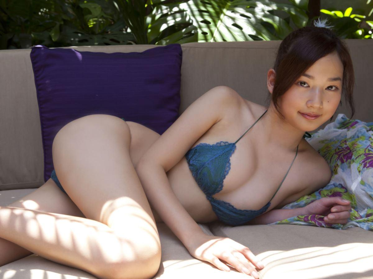 高嶋香帆 ワレメ