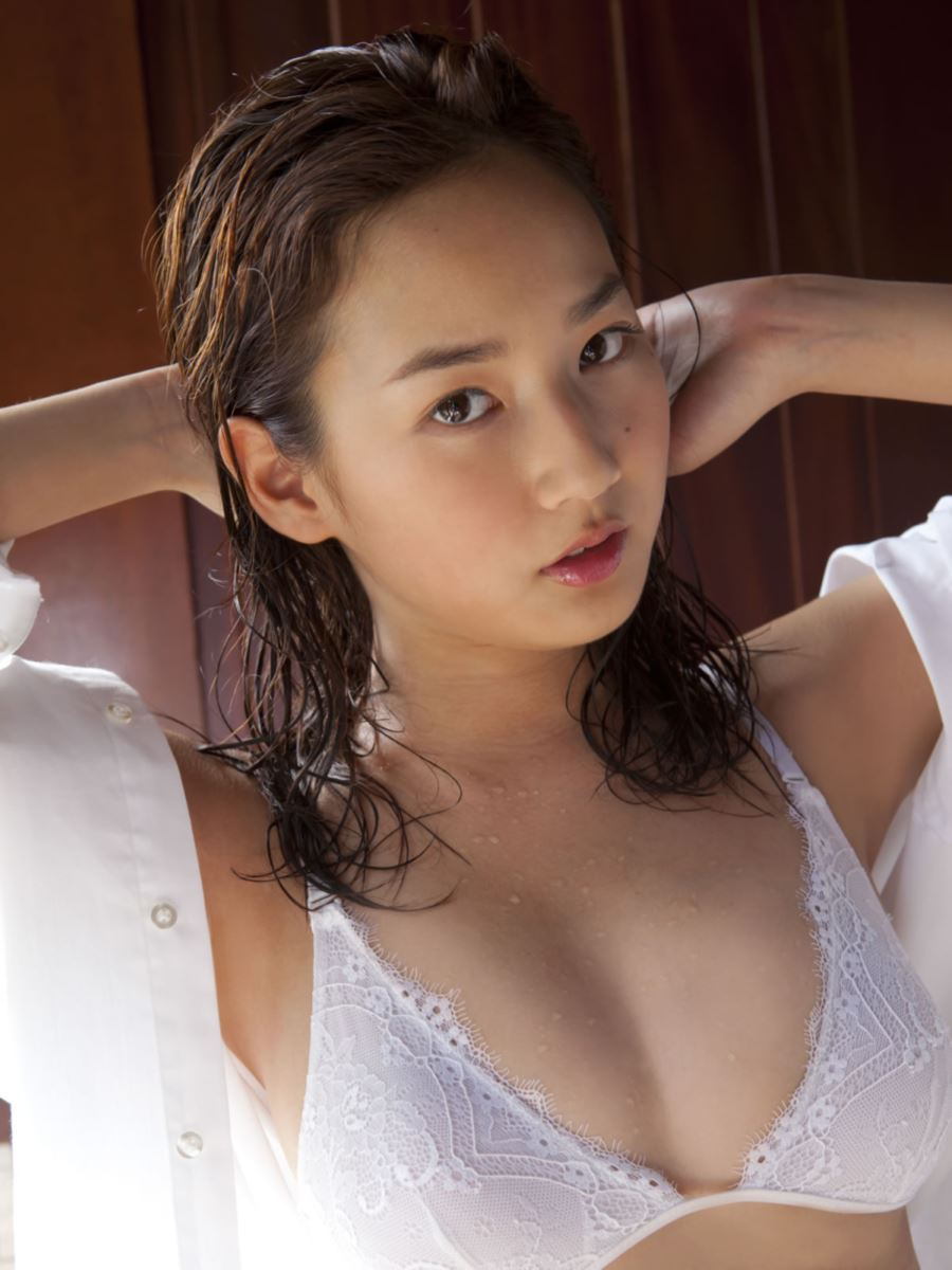 高嶋香帆 セクシー画像 23