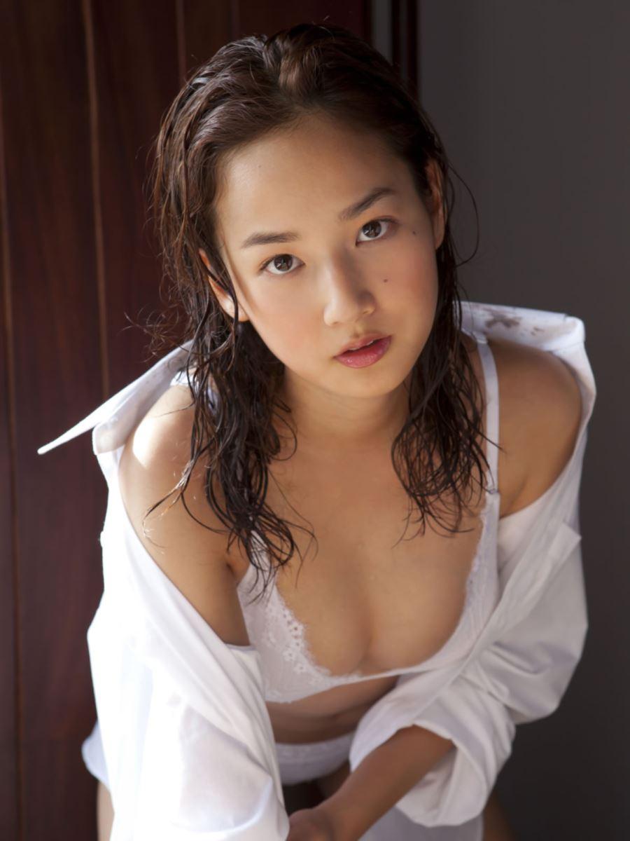 高嶋香帆 セクシー画像 27