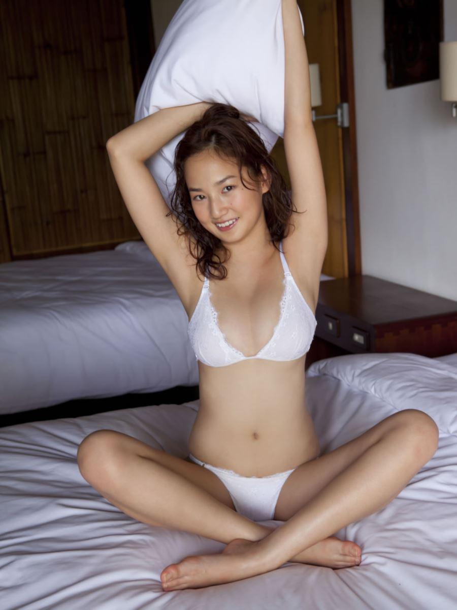 高嶋香帆 セクシー画像 33