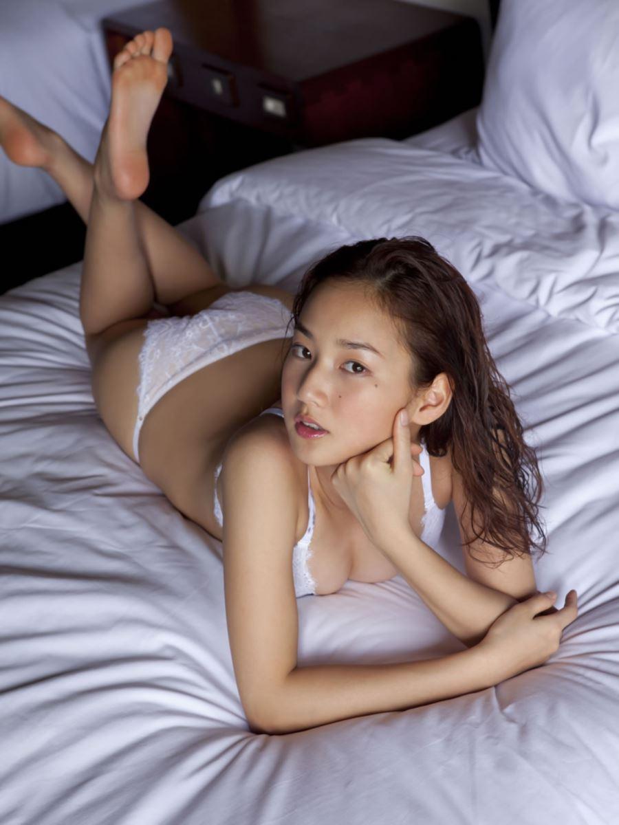 高嶋香帆 セクシー画像 37