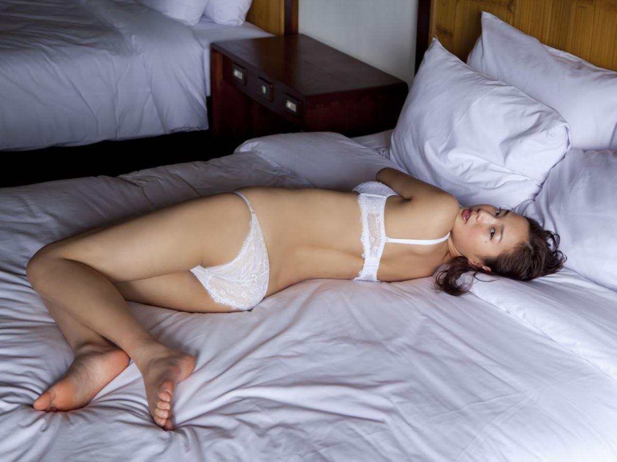 高嶋香帆 セクシー画像 40
