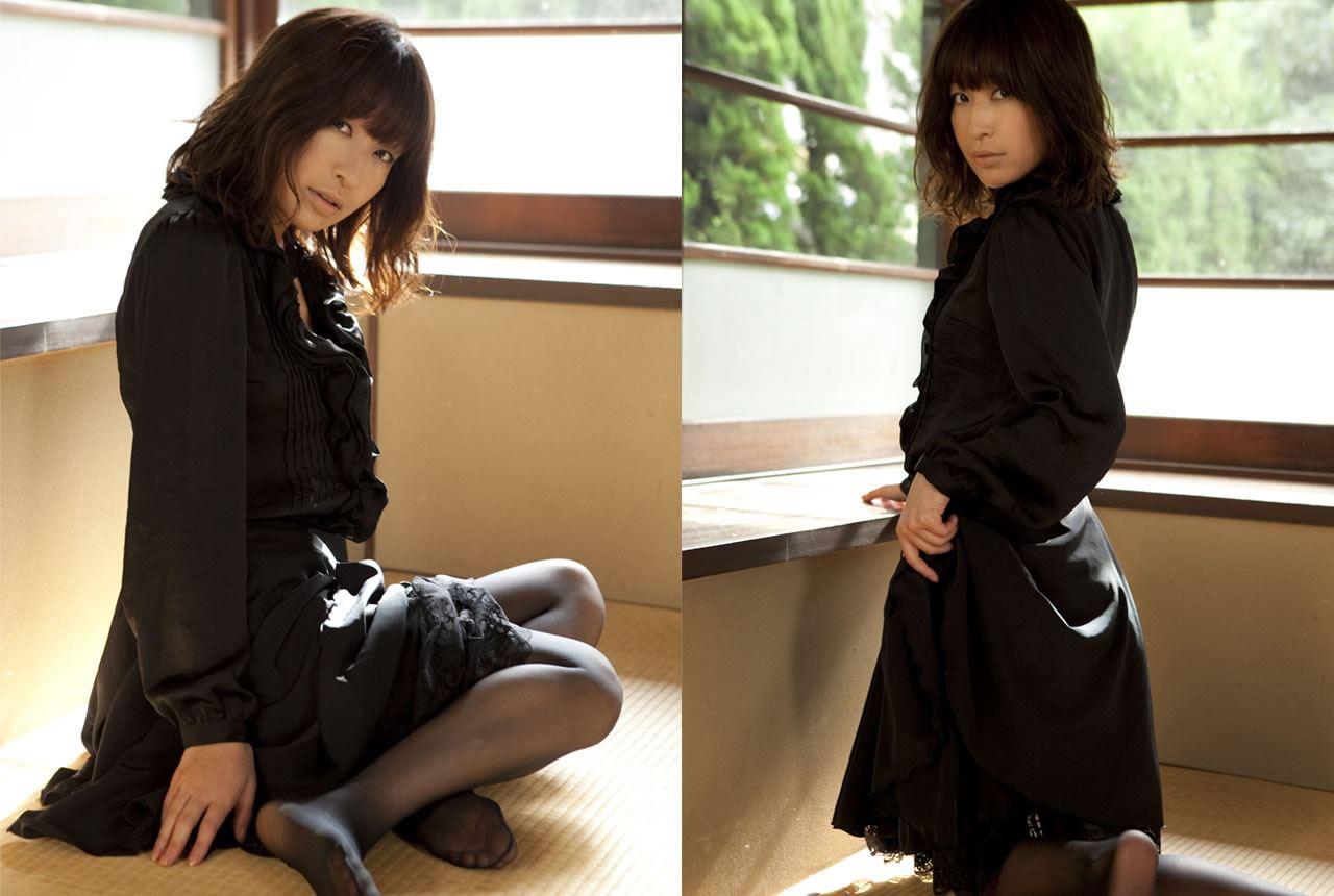 小野真弓 セクシー画像 21