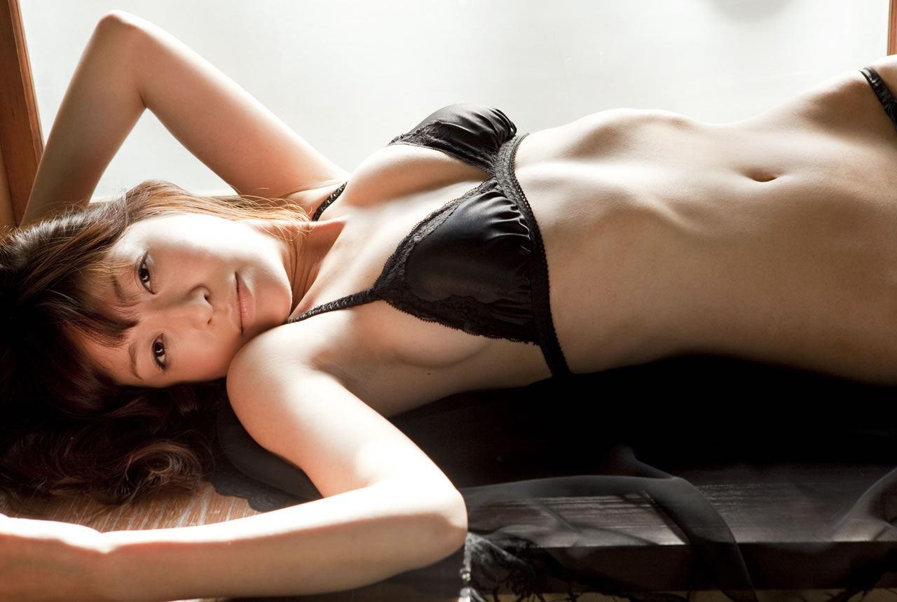 小野真弓 セクシー画像 27