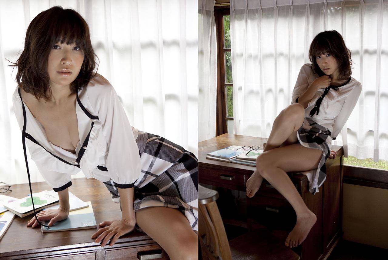 小野真弓 セクシー画像 30