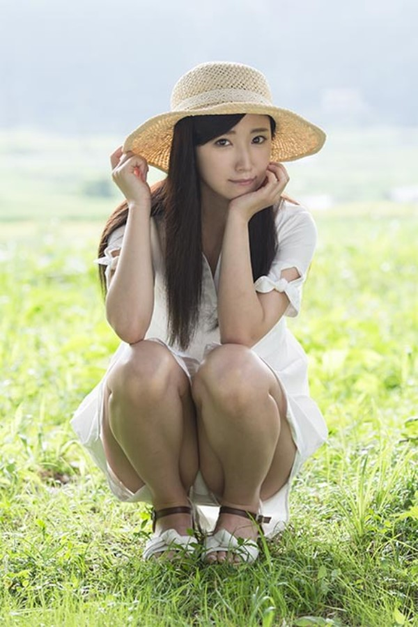 西野希 田舎育ちの大人しい美少女がAVデビュー