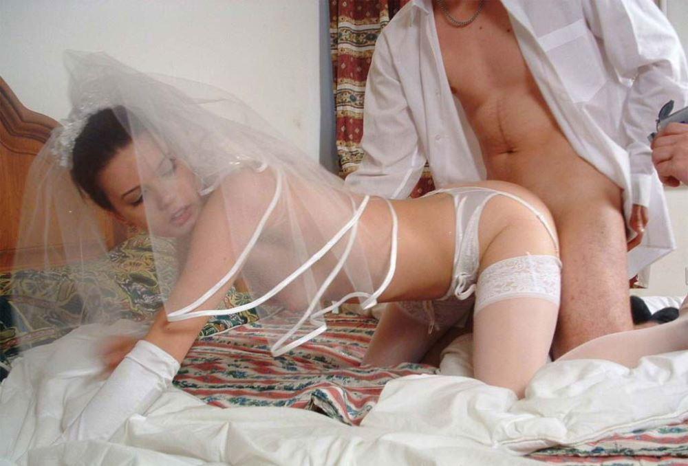 ウェディングドレス姿の外国人花嫁ファック画像 5