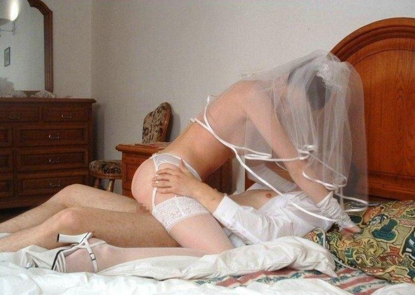 ウェディングドレス姿の外国人花嫁ファック画像 16