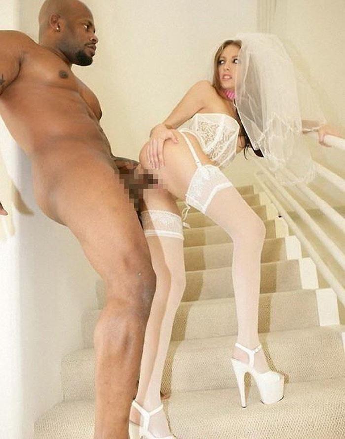 ウェディングドレス姿の外国人花嫁ファック画像 18