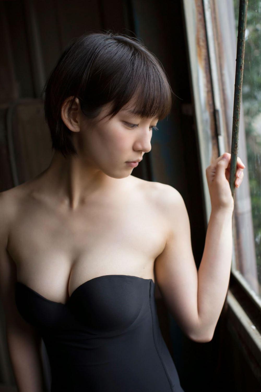 吉岡里帆 エロ画像 6