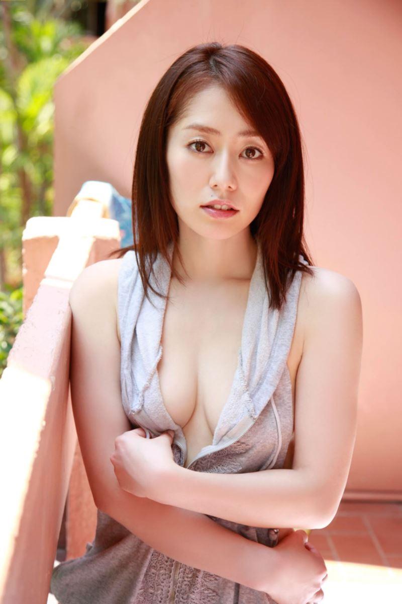 谷桃子 エロ画像 13