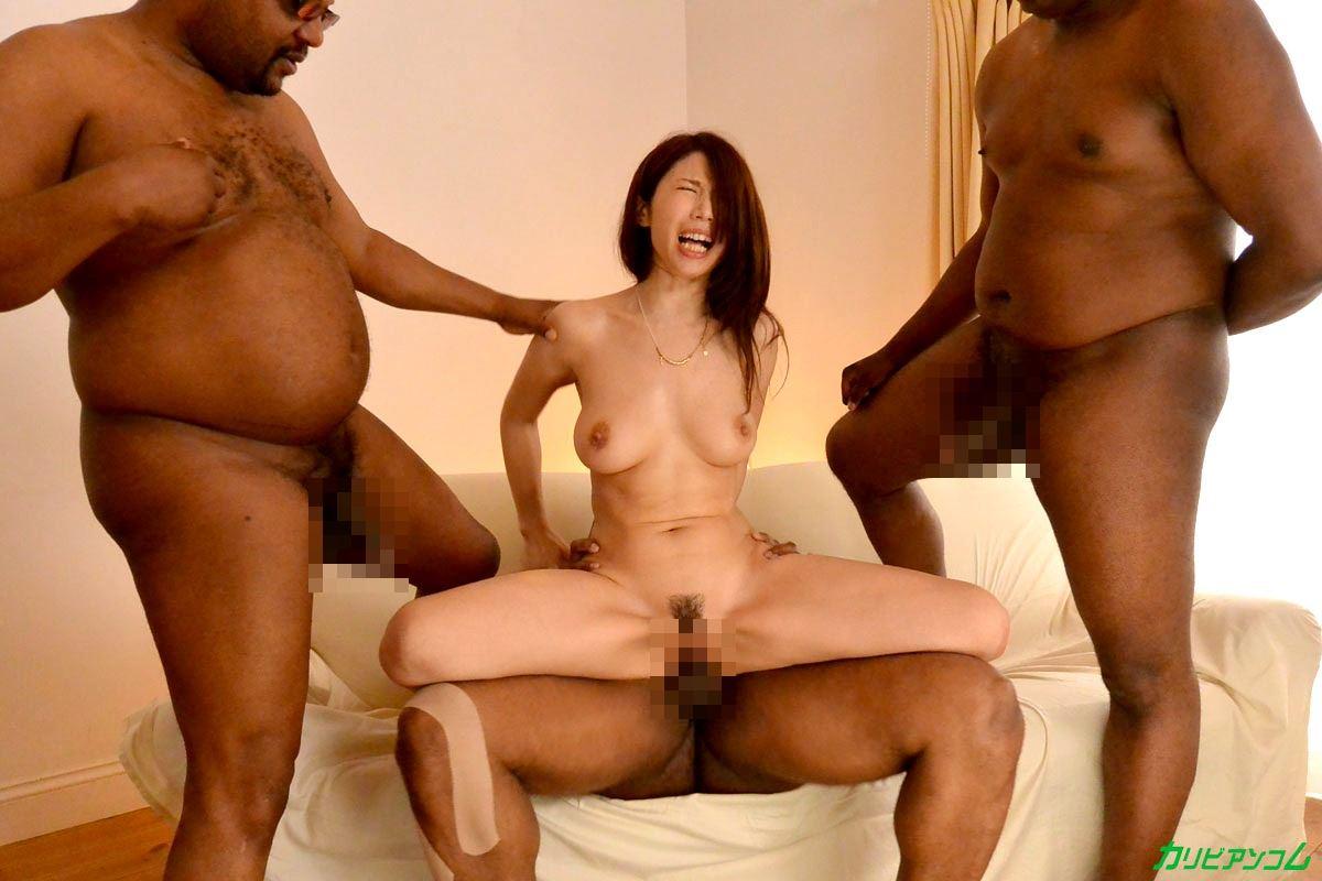 篠田あゆみ 黒人・乱交セックス画像 18