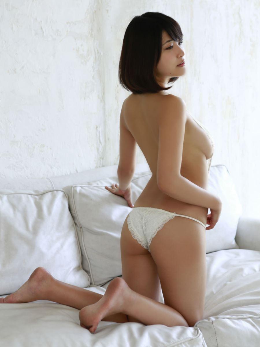 岸明日香 セクシー画像 69