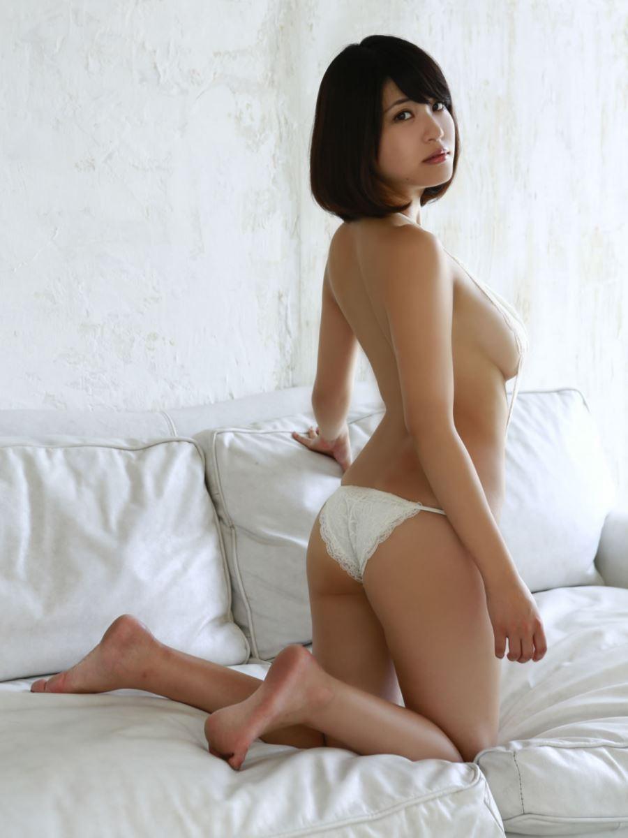 岸明日香 セクシー画像 70