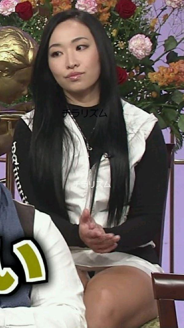 アイドルや女子アナの芸能人パンチラ画像 6