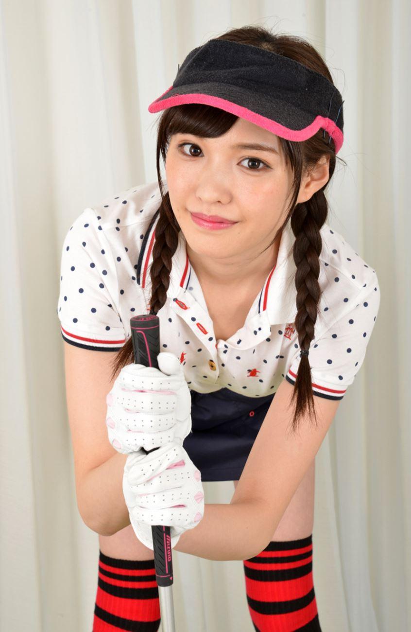 橋本ありな ゴルフ女子チラリ画像 11