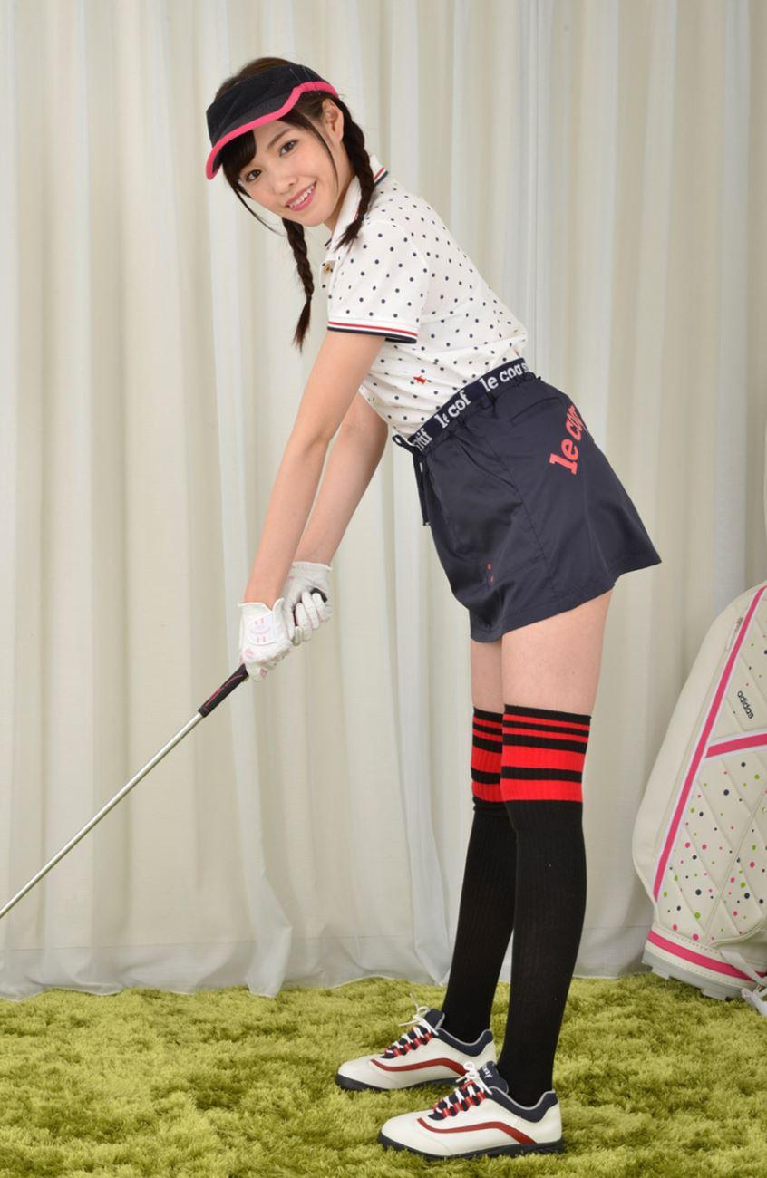 橋本ありな ゴルフ女子チラリ画像 12