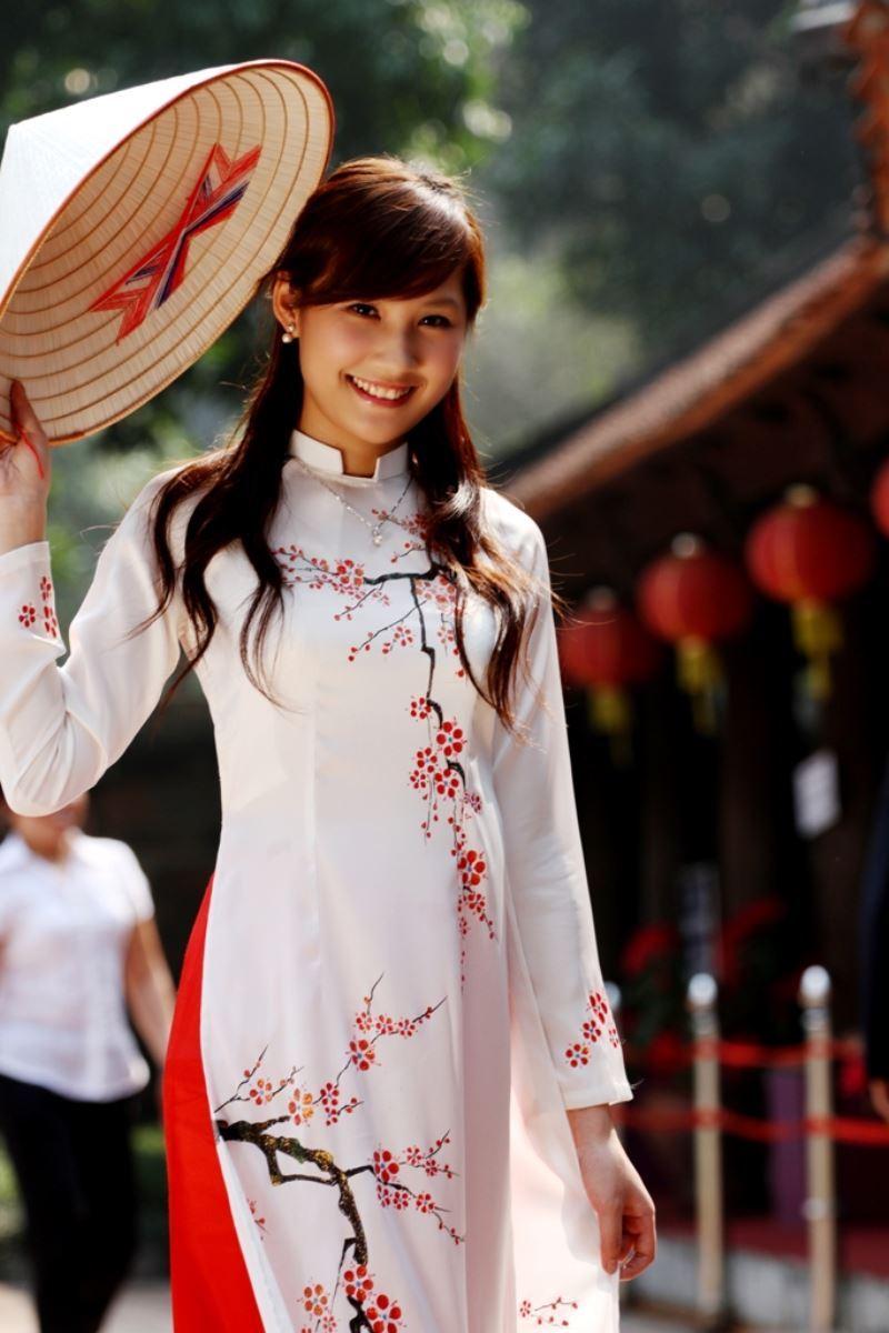 ベトナム民族衣装アオザイ画像 7