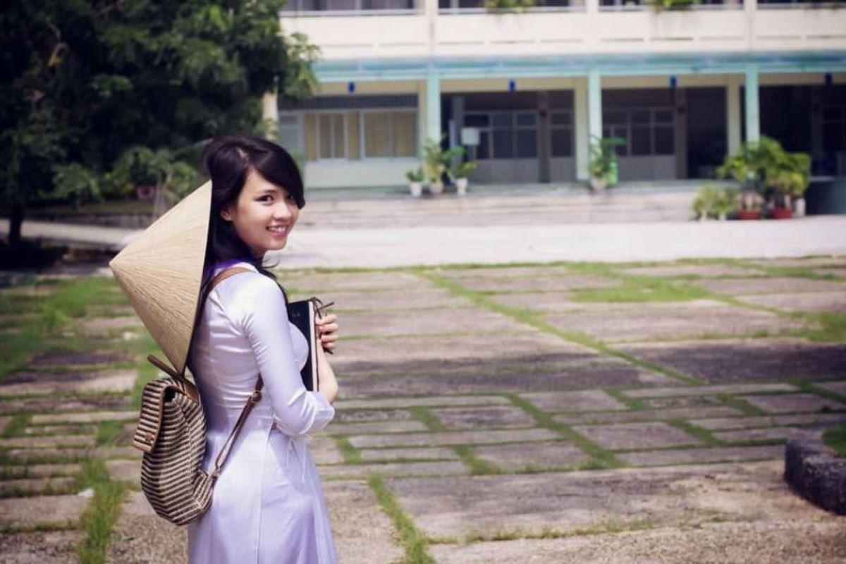 ベトナム民族衣装アオザイ画像 33