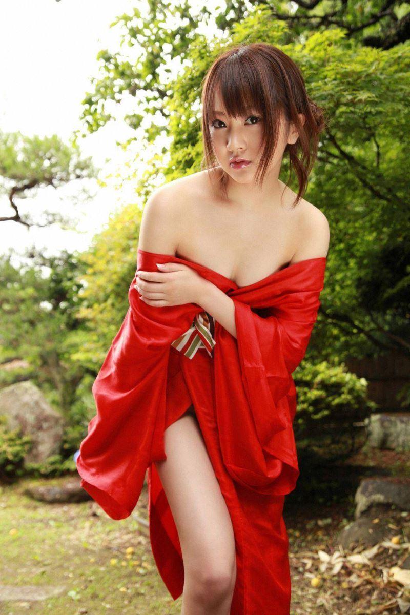 浜田翔子 セクシー画像 52