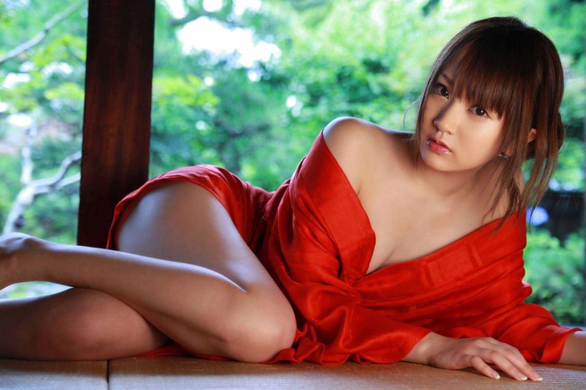 浜田翔子 セクシー画像 63