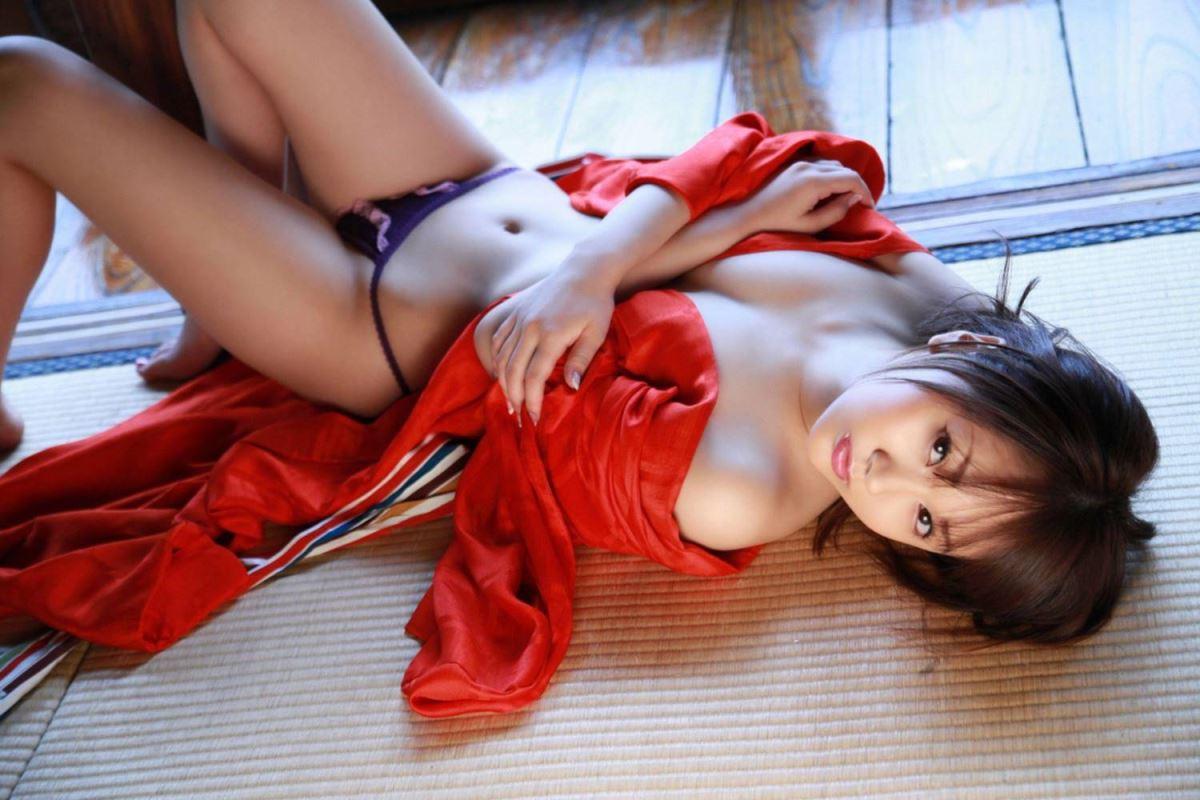 浜田翔子 セクシー画像 72