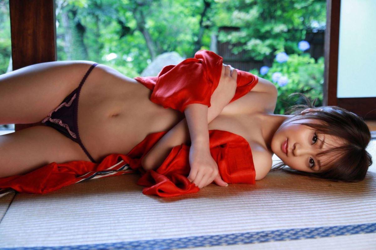 浜田翔子 セクシー画像 74