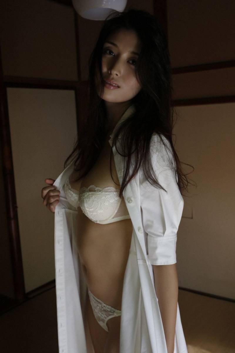 橋本マナミ グラビア画像 20