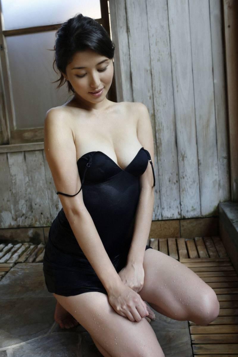 橋本マナミ グラビア画像 33