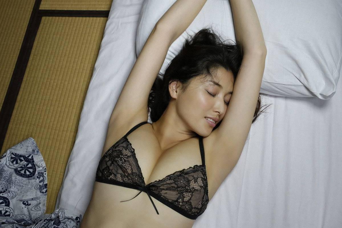 橋本マナミ グラビア画像 56
