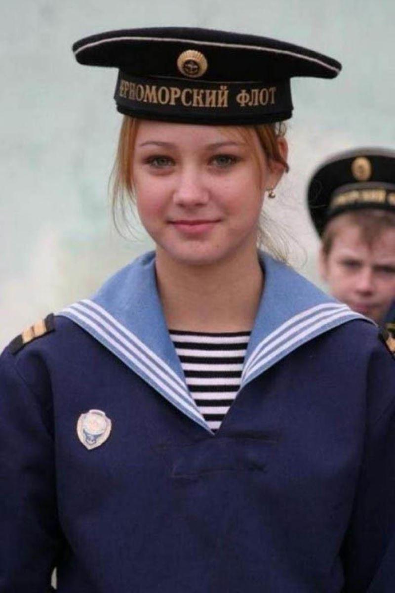 美しすぎる女性兵士画像 1
