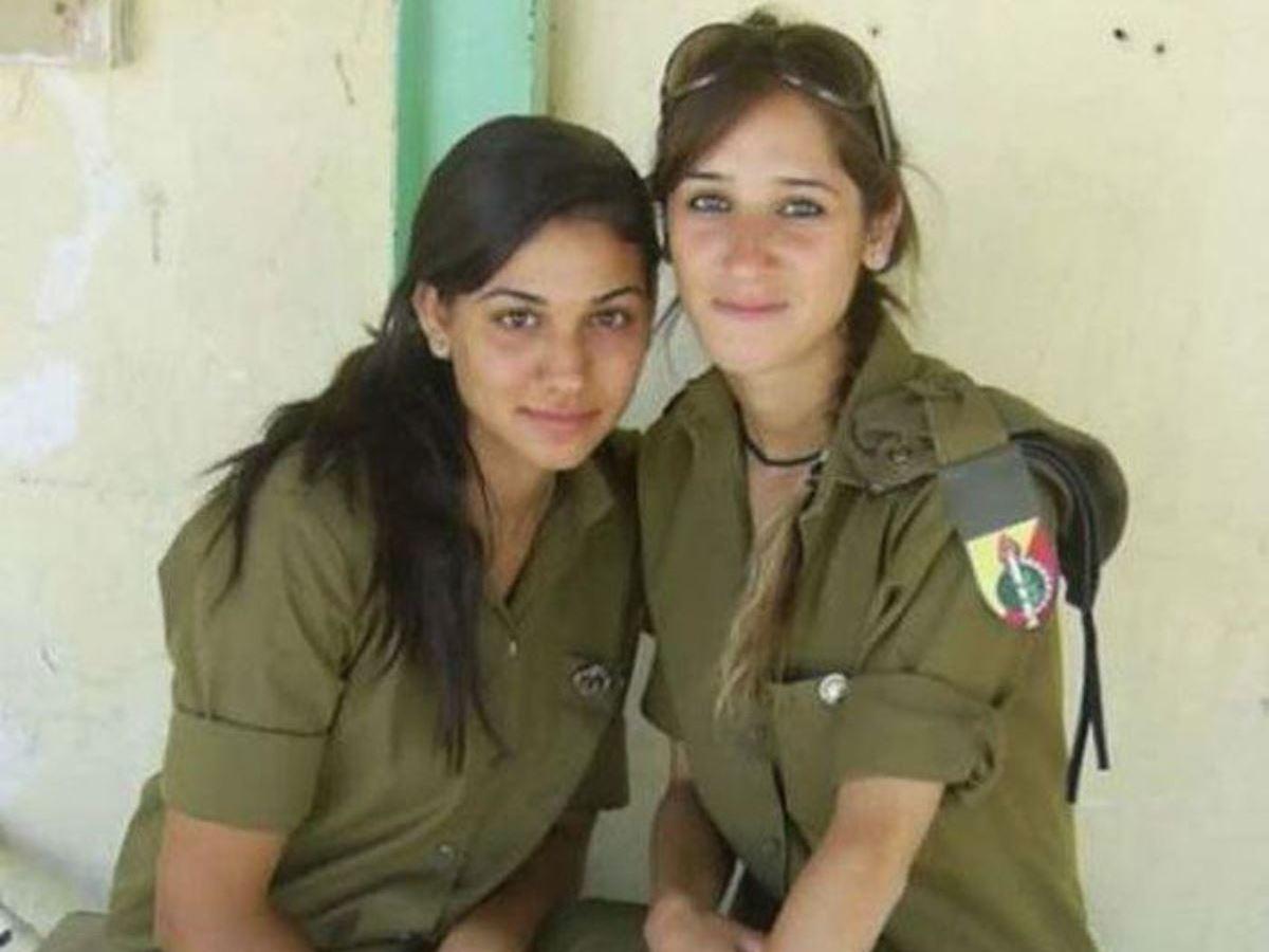 美しすぎる女性兵士画像 5