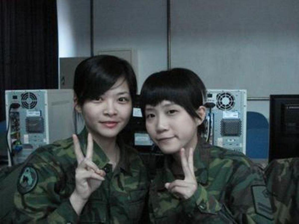 美しすぎる女性兵士画像 8