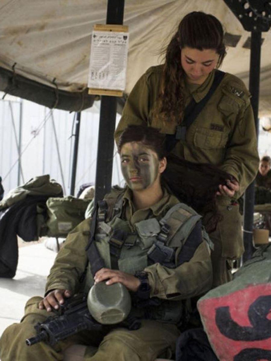 美しすぎる女性兵士画像 29