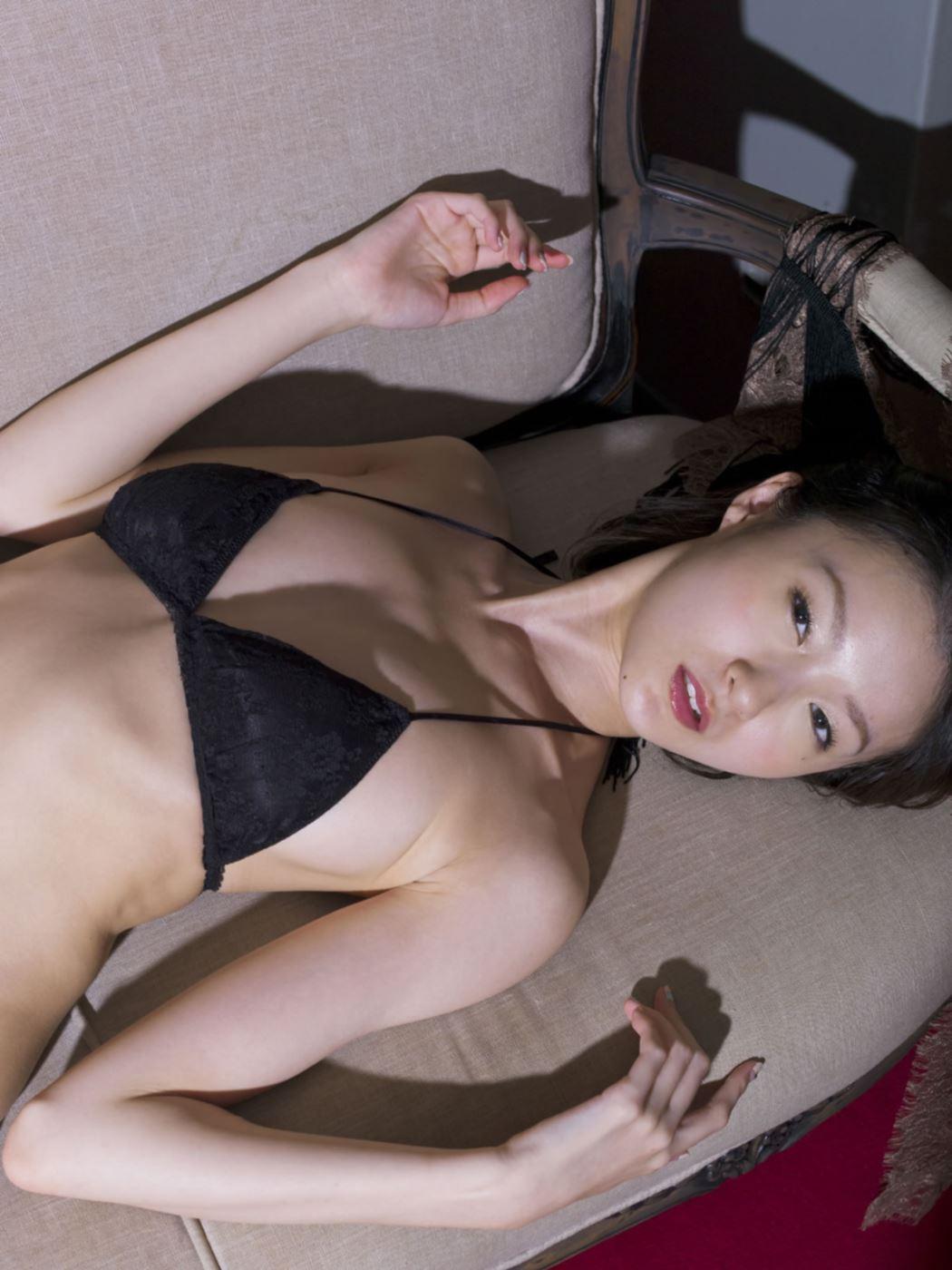しほの涼 セクシーランジェリー画像 34